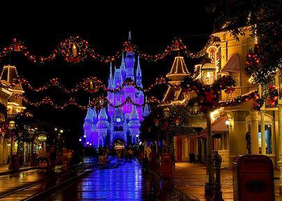 Christmas in Disneyland, Orlando